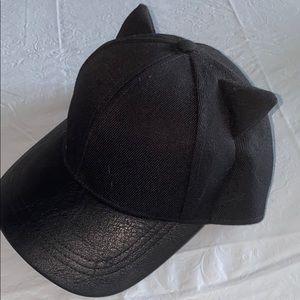 Black cat ear cap.